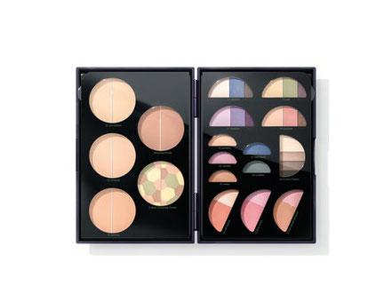 Echte Naturkosmetik seit 1967: Synthetische Duft-, Farb- und Konservierungsstoffe sind auch in der dekorativen Kosmetik nicht enthalten.