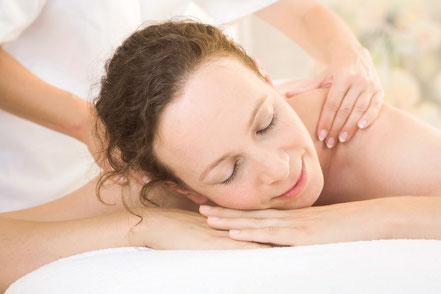 Rückenbehandlung Rückenmassage