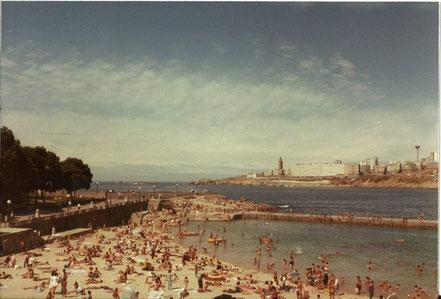 Playa de Riazor, con su dique-piscina !!!