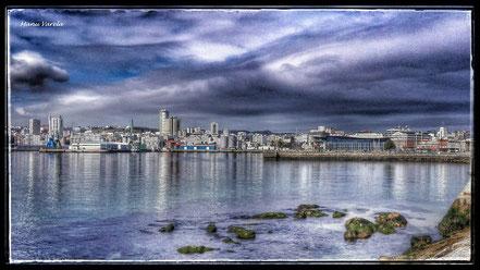 Puerto de La Coruña, desde el castillo de San Antón.