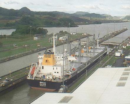 El vaixell de càrrega a granel Giulia I, de bandera de Malta, procedent de Lirquen, Chile. 09.03.17.