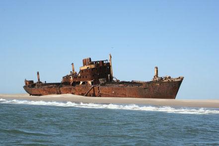 Vaixell embarrancat a l'Illa dels Ocells, Mèxic.