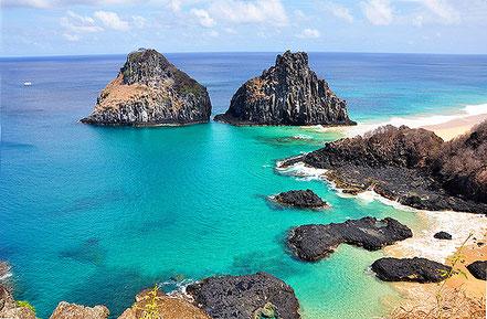 Cala a la illa Fernando de Noronha al Brasil.