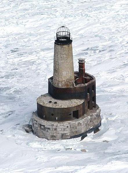 Antic far de Waugoshance al estret de Mackinac a Michigan, EUA.