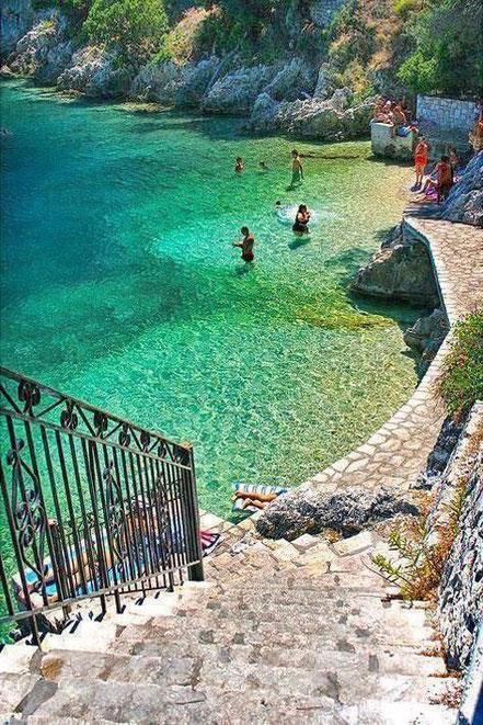 Cala a l'illa d'Ithaca, Grècia.