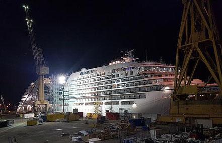 El vaixell de creueristes Seabourn Encore amb bandera de Bahamas procedent Livorno, Italia, 18.05.17 i 03.09.17.
