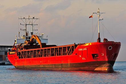 El vaixell de càrrega general Fonnland, de bandera de Xipre, procedent de Melilla. 08.03.17.