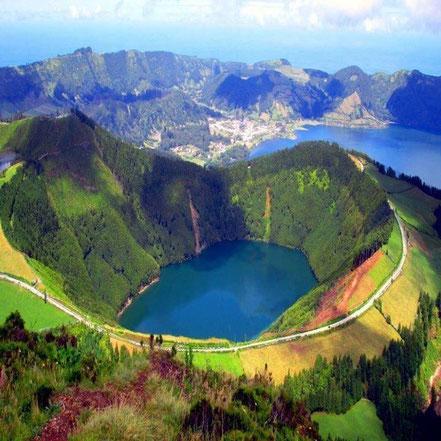 Illa San Miguel, Azores, Portugal, se puede ver el Lago de Fuego.
