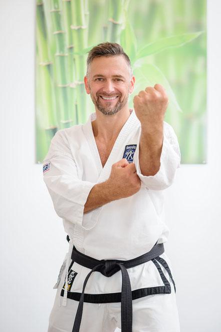 Robert Rath Personaltraining Stefan Roitner TeakWonDo Rosenheim Kampfsport Kampfkunst schwarzer Gürtel Robinson
