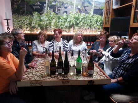 Gesellige und informative Weinprobe im Ahrweindepot