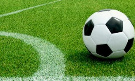 Pavimentazione campo da calcio calcetto street box con rete parapalloni stileurbano street soccer panna