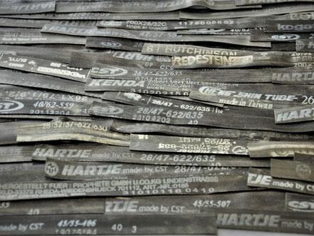 Im Atelier Stef Fauser werden alte Schläuche zu neuen Produkten.