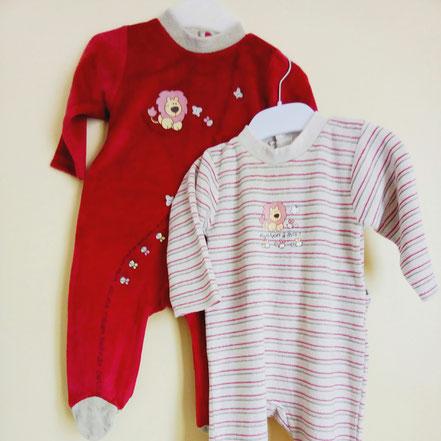 Lot de deux pyjama en velours beige et rouge