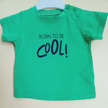 T-shirt d'occasion pour bébés 9 mois