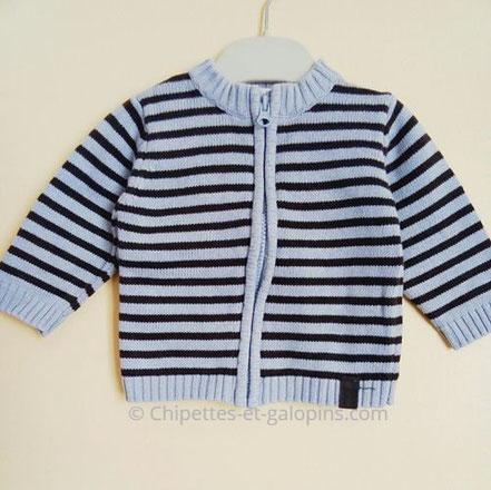 vetements bébé occasion. Gilet rayé bleu et gris à petit prix pour bébé garçon 6 mois