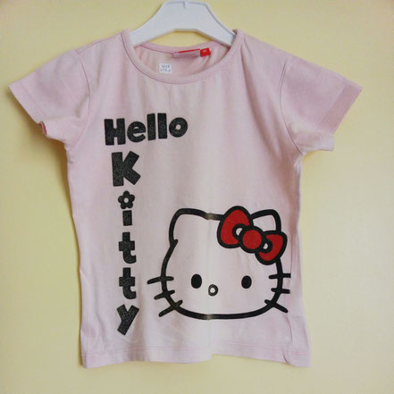 vetement occasion fille. T-shirt rose Hello Kitty 6 ans