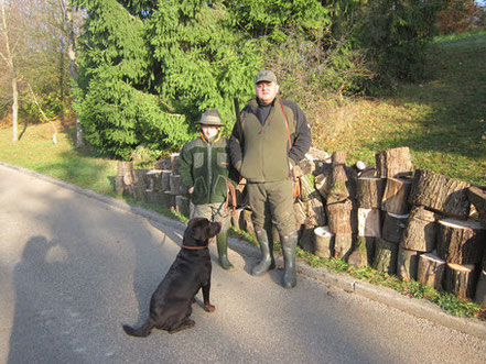 mein Mann Harry und Sohn Daniel auf dem Weg zur Jagd