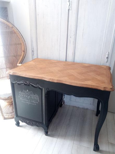 relooking de meubles restauration le mans sarthe bureau louis xv noir patiné bois naturel pochoir antiquités