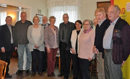 v.l.n.r. Helmut Uder (stellv. Kreisvorsitzender), Uwe Voigt-Tanski, Elke Peper, Manfred Lenth (stellv. Kreisvorsitzender), Renate Nehls, Klaus Rieger, Monika Heitmann, Annelore Lütten, Hans Hermann Peper und Werner Jacobi