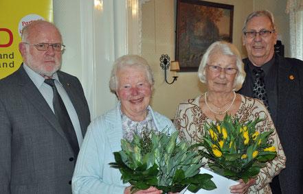 v.l.n.r. Manfred Lenth, Gretchen Falk, Margot Repschleger und Klaus Rieger