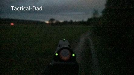 Für die Nacht sind Tritiumvisiere eine große Hilfe.