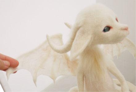 羊毛フェルト リアル ドラゴン 翼
