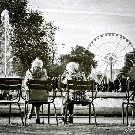 Causerie aux Tuileries, Paris, France