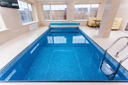 Bauplatte für Schwimmbad