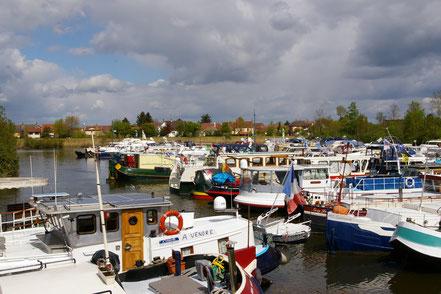 Port de Saint-Jean-de-Losne