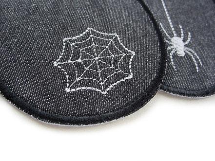 Bild: Knieflicken Jeansflicken schwarz mit Spinnennetz, Halloween Aufnäher Hosenflicken zum aufbügeln