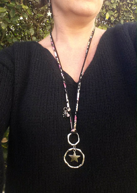 Sautoir Orion noir, à tendance bohème, son étoile et son cordon liberty. manoleo fantaisies  bohème fait main