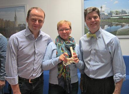 С д.м.н. В.М.Кенисом и профессором Мэтью Доббсом (США) на конференции по врожденной косолапости  в Ярославле, 2014 г.