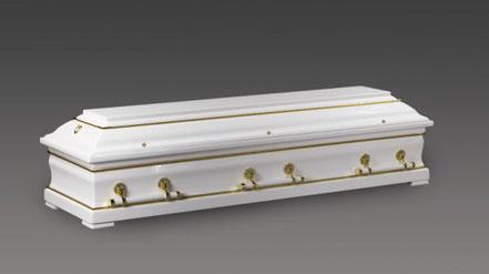 Weißer Sarg mit Goldenen Verzierungen auf Hochglanz poliert mit weiß-goldenen Stangengriffen