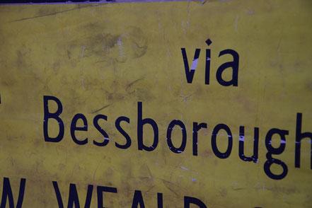 ヴィンテージ バスサイン