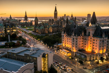 Parliament Hill Ottawa Fairmont Chateau Laurier