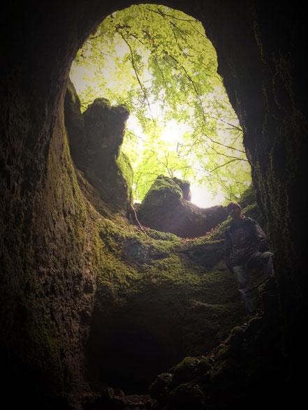 Ich am Ausgang einer Höhle