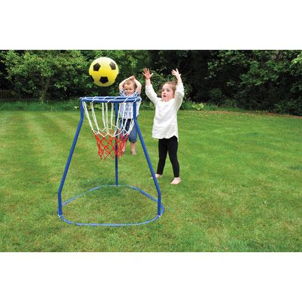 Panier géant pour jeux basket-ball pour les enfants. Aide à apprendre à jouer au basket-ball.