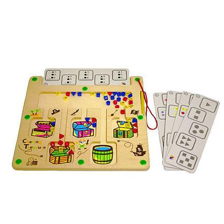 Jeu de motricité fine magnétique avec cartes de jeux.