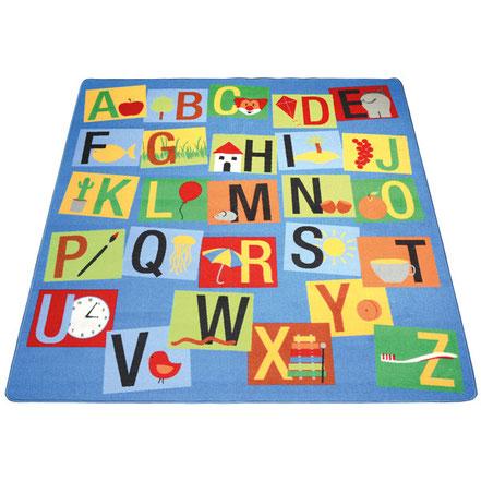 Tapis alphabet, idéal pour les jeux d'enfants.