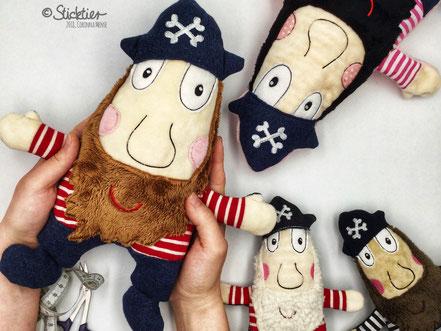 ITH, Stickdatei Pirat, Sticktier, Stickdatei für Jungs, Kuscheltier gestickt