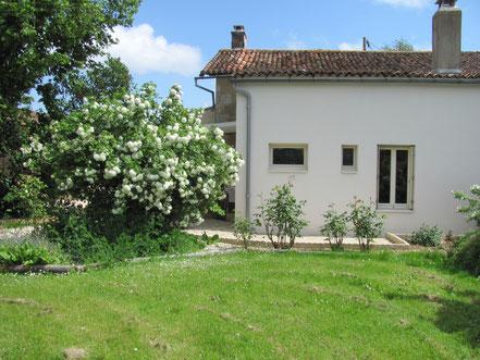 Maison de vacances montreuil bonnin côté jardin