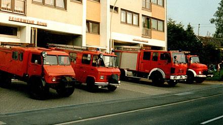 Frühere Fahrzeuge der FF Lengsdorf