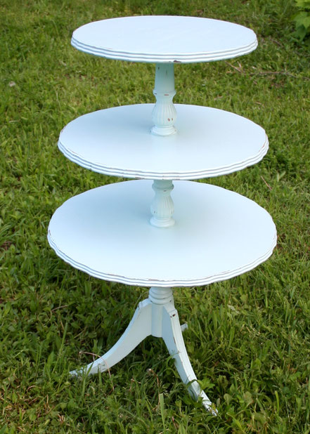 Light blue 3 tiered table