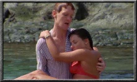 Turlogh rettet Peri vor dem Ertrinken.
