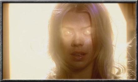 Rose rettet als Bad Wolf den Doctor
