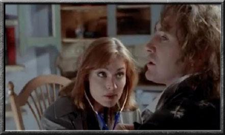 Grace untersucht den Doctor