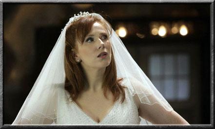 Donna taucht in der TARDIS einfach auf