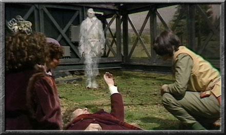 Der Beobachter kurz bevor er sich mit dem vierten Doctor vereint