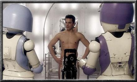 Jack flirtet sogar mit Robotern