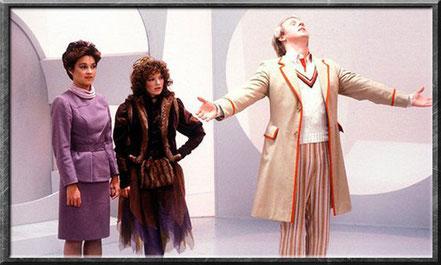 Tegan, Nyssa und der fünfte Doctor